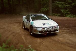 Rob Bohn / Dave Bruce Mitsubishi Eclipse powers out of a hairpin on SS5, Thompson Point I.