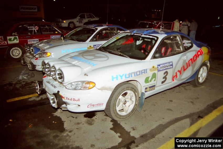 Paul Choiniere / Jeff Becker Hyundai Tiburon and Noel Lawler / Charles Bradley Hyundai Tiburon behind it after the event.