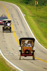 Dave Grose's 1909 REO and Dean Yoder's 1906 Ford Model K