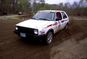 Bob Nielsen / Kathy Freund apex a 90-left on SS2 in their VW GTI.