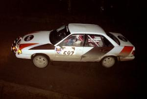 Rob Dupree / Travis Kriza at speed in their Audi 100 Quattro at night.