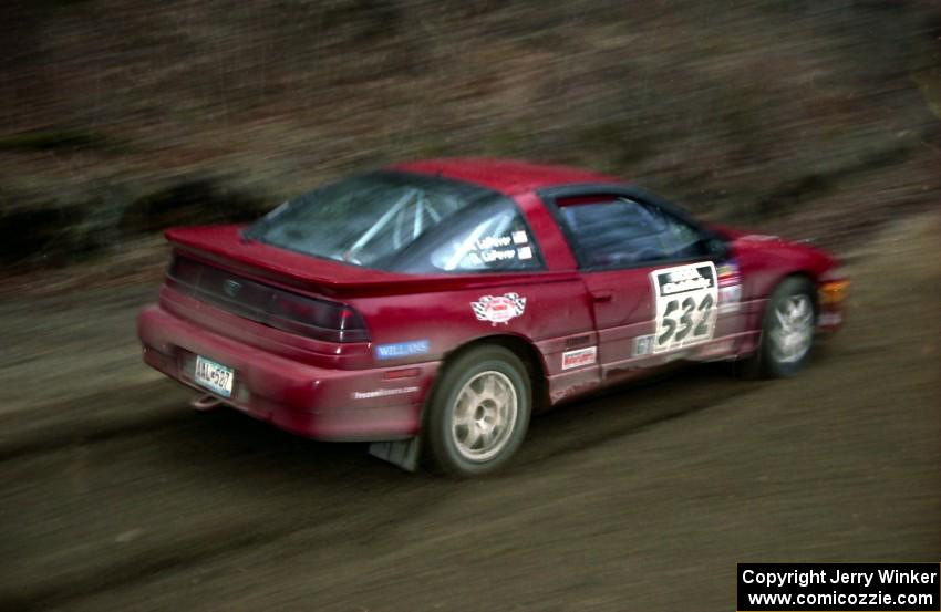 Dave LaFavor / Bob LaFavor slide their Eagle Talon through a fast sweeper on SS1.