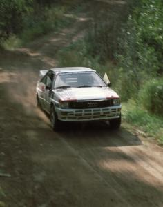 Bruno Kreibich / Jeff Becker in their Audi Quattro roar down Steamboat Road on the west side of the Bunyan.