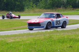 Jerry Dulski's Datsun 240Z and Jeff Ingebrigtson's Caldwell D9 Formula Ford