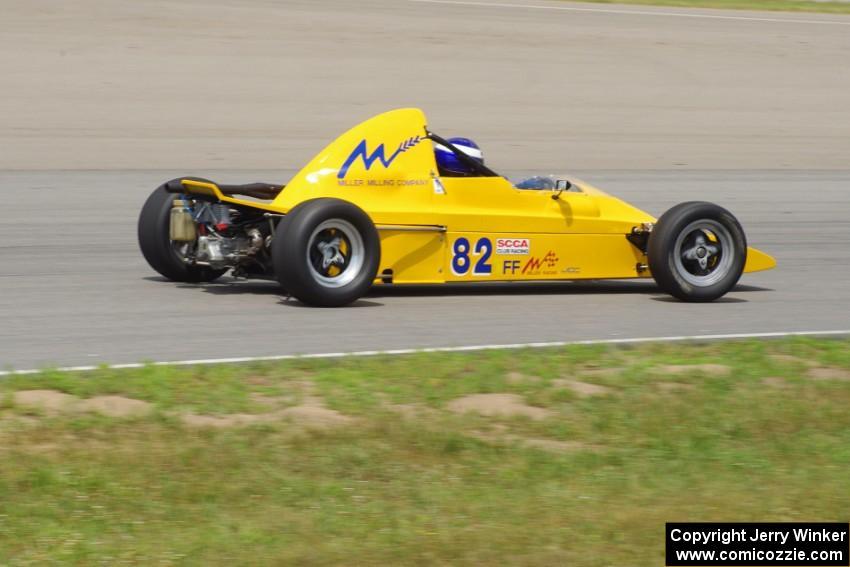 Dave Hopple\'s Lola T-440 Formula Ford